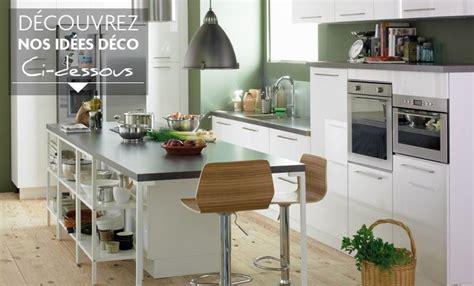 idee decoration cuisine style idée déco cuisine gris et blanc
