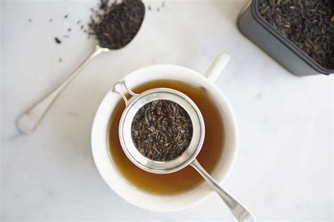 Cup of brewed coffee (drip coffee) has less caffeine compared to espresso, but it actually doesn't. How Much Caffeine in A Cup of Decaffeinated Tea? - Ecooe Life
