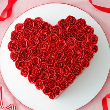 buy heart shaped flower design cake    price od