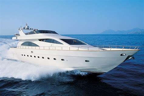 mecum yacht auctions selling megayachts megayacht news