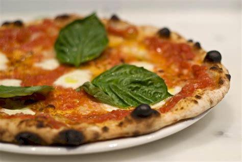 homemade neapolitan style pizza recipe
