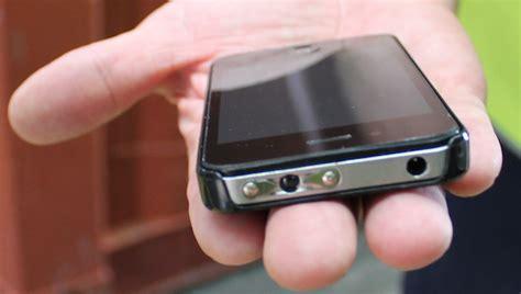 iphone stun gun shocking new iphone is also bzzzzt a taser like