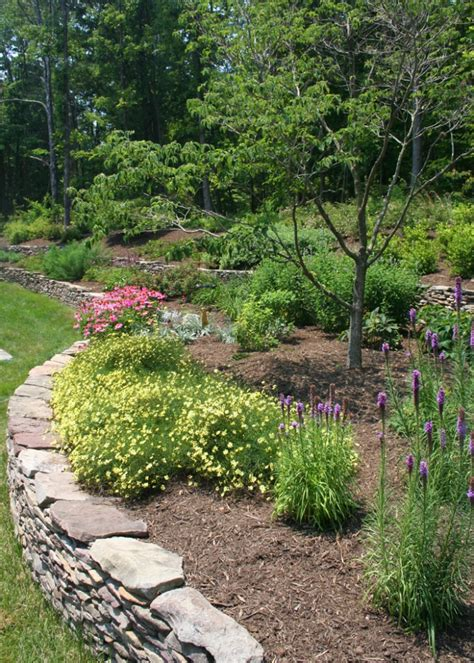 Garden Retaining Wall by Retaining Walls For In Your Garden West Winds Nursery