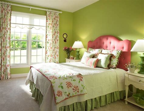 Bedroom Accent Wall Color Ideas by 20 Fun Pink And Green Bedroom Designs Home Design Lover