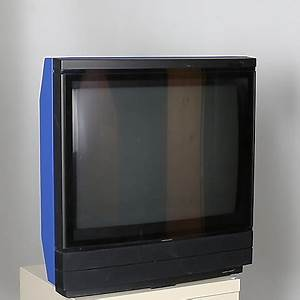 Bang Und Olufsen Fernseher : tv bang olufsen beovision made in denmark vrigt modern teknik elektronik auctionet ~ Frokenaadalensverden.com Haus und Dekorationen