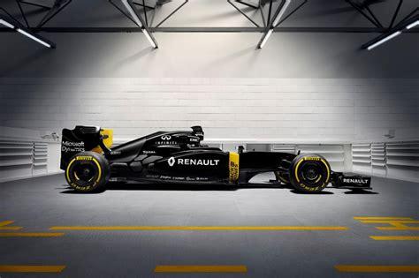 renault f1 2016 renault rs16 formula 1 car wears black yellow