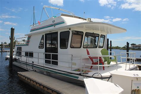 Houseboats For Sale Naples Florida by Port Of The Islands Naples Fl