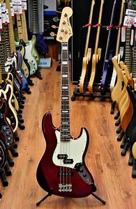 Fender vintage bass bridge