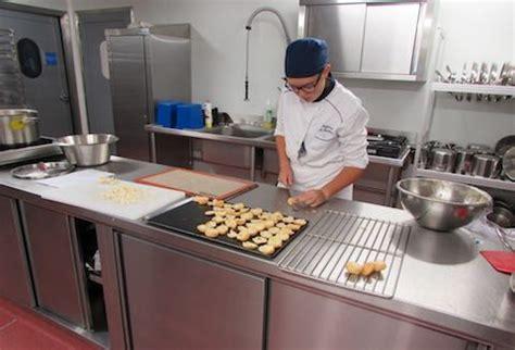 lyc professionnel cuisine bac pro cuisine lycée hôtelier de l 39 orléanais académie