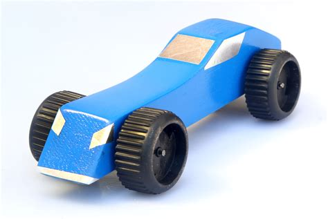 How to Make a Pinewood Derby Racing Car: 9 Steps (with ...
