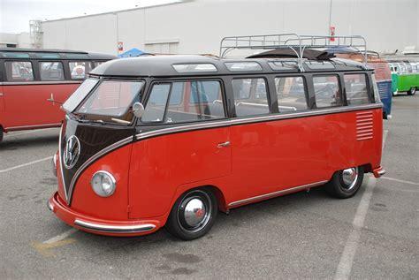 volkswagen minibus beautiful vw classic bus vw bus