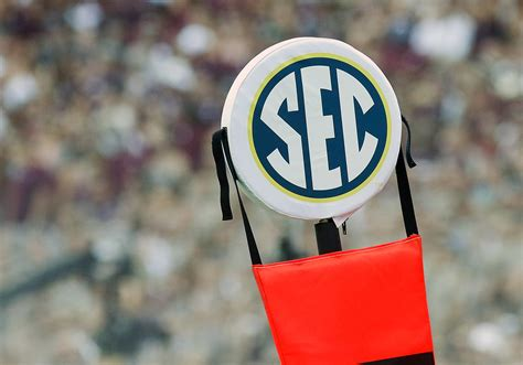 2017-18 full SEC football bowl schedule