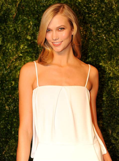Karlie Kloss Annual Cfda Vogue Fashion Fund Awards