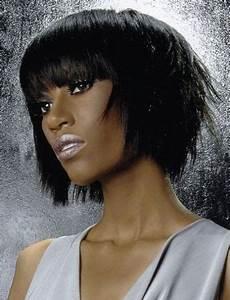 Coupe Carré Lisse : coupe style afro lisse et au carr hairstyle medium layered hair hair styles et layered hair ~ Melissatoandfro.com Idées de Décoration