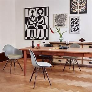 Stühle Im Eames Stil : eames daw stuhl von vitra connox ~ Indierocktalk.com Haus und Dekorationen