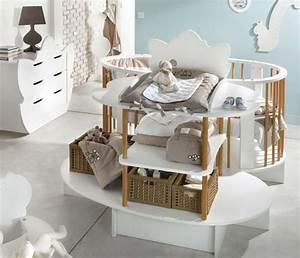 Chambre Enfant Original : d co chambre b b photo 4 10 une forme tr s originale ~ Teatrodelosmanantiales.com Idées de Décoration
