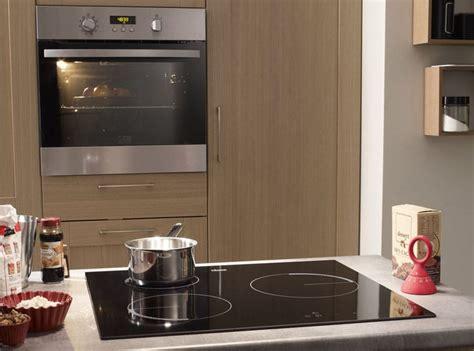 plaques de cuisson nos astuces pour bien les choisir