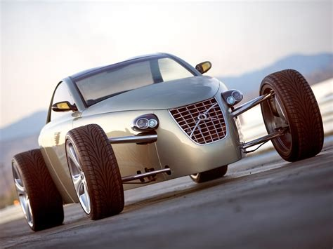2005 Volvo T6 Roadster Hot Rod Concept Front Angle