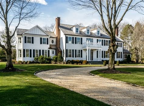 Real Estate Featured Listing  Spacious Lloyd Harbor