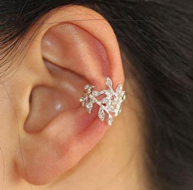 glittering leaves rhinestone ear cuff single  piercing