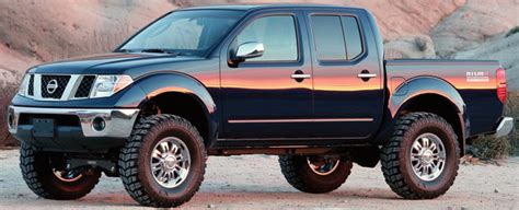 lifted 2006 nissan frontier fabtech nissan 2006 12 frontier suspension lift kit