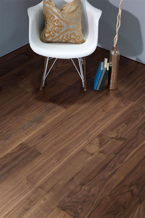 DuChateau ? The Vernal Collection ? American Walnut   AB