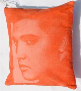 #DIY Elvis photo pillow made with Inkodye from @Lumi