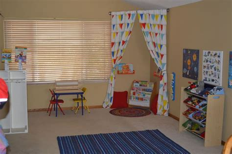 create a reading corner using a curved shower curtain rod