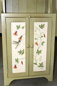 Hand Painted Farmhouse Bookshelf - ECustomFinishes