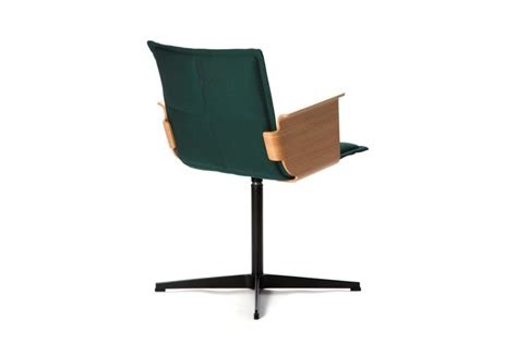lab office chair with armrests by inno stylepark