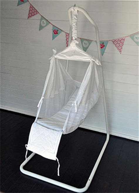 Hammock Baby Bed by Benefits Of Using A Baby Hammock Why Use A Baby Hammock