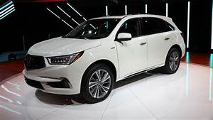 2017 Acura MDX debuts in New York with new brand face ...  2017