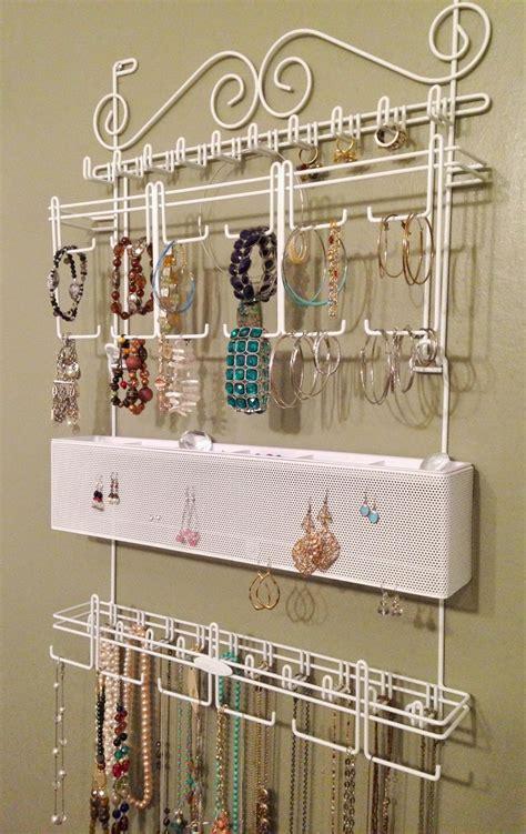 display  jewelry  art   jewelry organizer