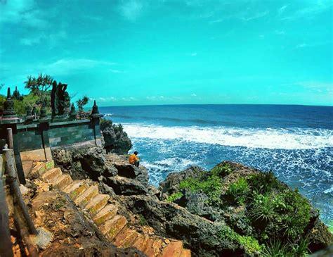 wisata pantai jogja   candinya wajib dikunjungi