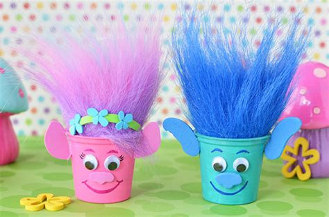 Craft Create Cook   Easy to Make Trolls Party Crafts   Craft Create Cook