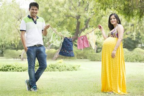amazing maternity photoshoot ideas  indian parents