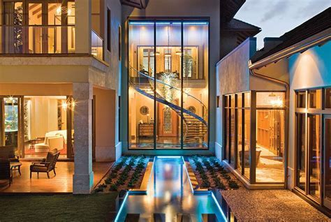 This Triple ?Green? Certified Water Mansion Is Insane