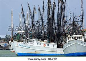 Commercial fishing boats in Texas, USA that fish for Gulf ...
