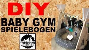 Kinderspielzeug Selber Machen : diy baby gym selber machen spielebogen selber bauen kinderspielzeug spielzeug babyspielzeug ~ Orissabook.com Haus und Dekorationen