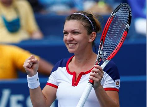 Simona Halep awarded honorary doctorate | WTA Tennis