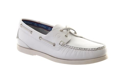 White Boat Shoes by Chatham Men S Classic White Deck Boat Shoe Leather