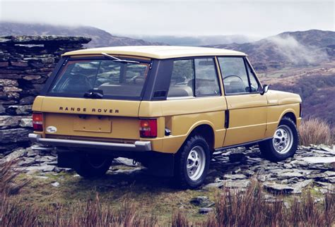 red land rover old land rover brings 1978 classic range rover to its former glory