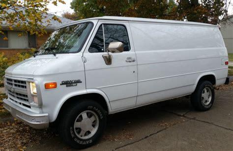 Chevrolet G20 Van 1991 White For Sale. 2gceg25zxm4129568