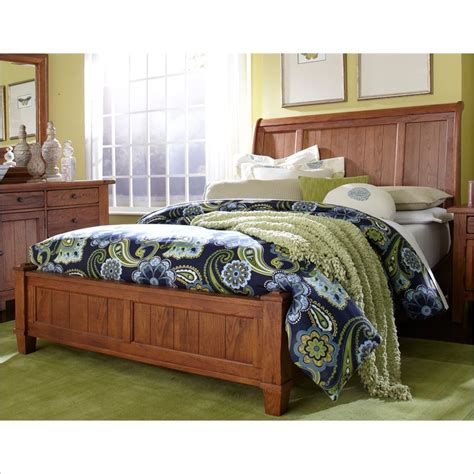 Broyhill Sleigh Bed by Broyhill Attic Heirlooms Vintage Sleigh Bed 439x 2xx