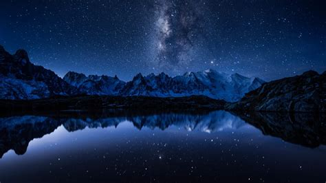 Download Milky Way From Earth Wallpaper For Desktop
