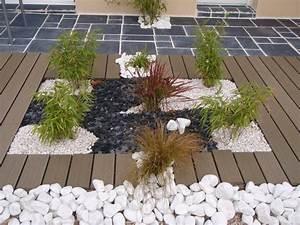 emejing idee decoration jardin et terrasse gallery With idee deco exterieur jardin 4 idee jardin moderne decoration avec pot de fleur design
