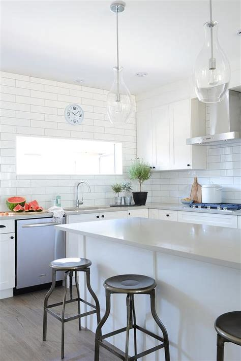 light gray quartz countertops countertops that go with white cabinets use light