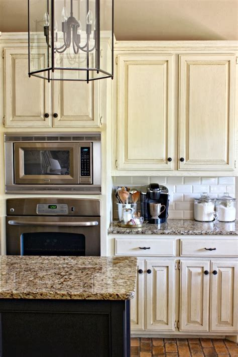 Best Backsplash Tile For Kitchen by Subway Tile Kitchen Backsplash Dimples And Tangles