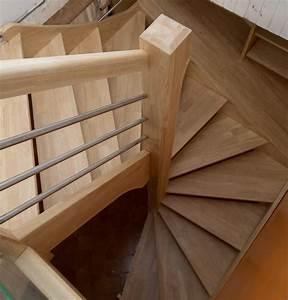 Escalier En U : escalier colima on carr gain de place helicoidal bois ~ Farleysfitness.com Idées de Décoration