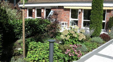 Kleine Gärten Ganz Groß by Auch Kleine G 228 Rten K 246 Nnen Ganz Gro 223 Sein Reinhard